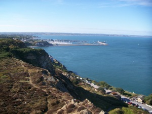 The view from the top of the oceanside cliffs in Howth